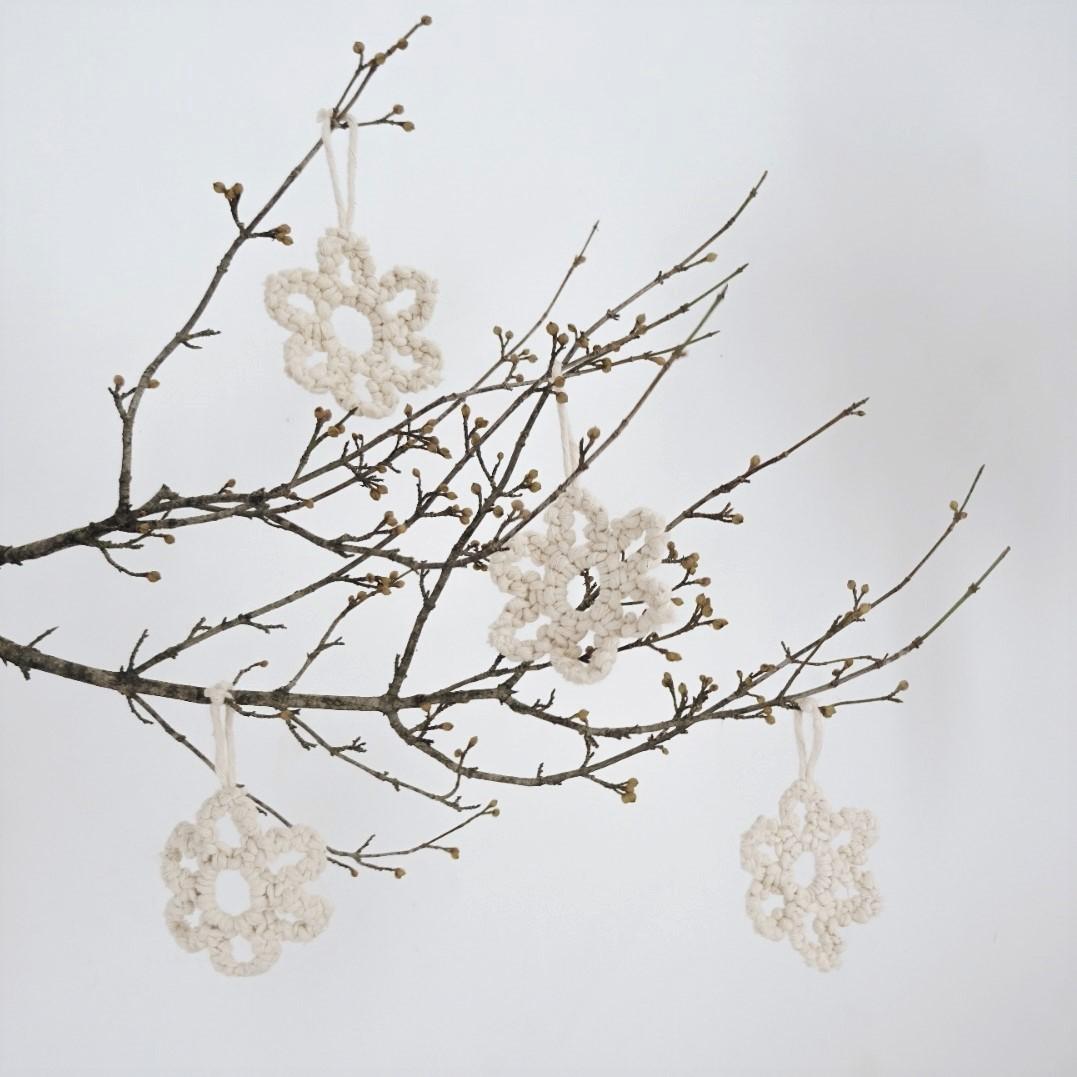 décoration pour sapin de noel en macramé